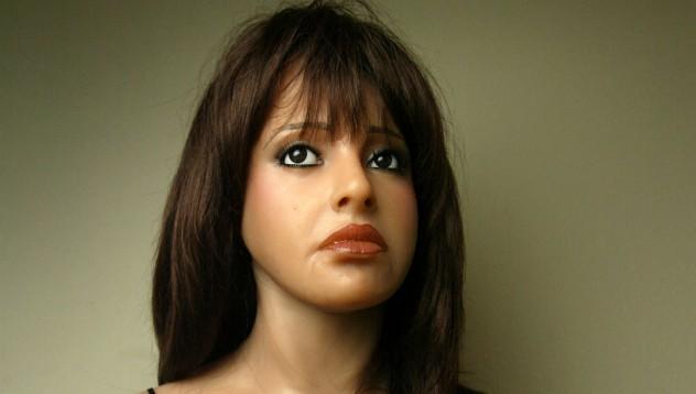 Каква е връзката между човек и секс робот