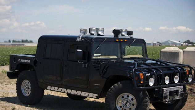 Hummer-ът на 2Pac отива на търг