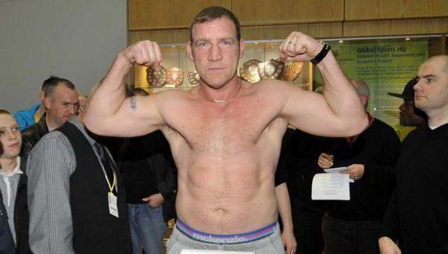 Боксьор отиде на среща с устатко в Twitter
