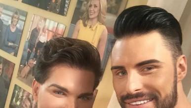 Мъжката версия на куклата Кен се разпада