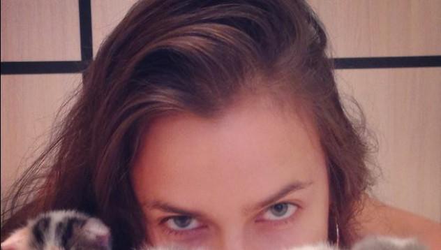 Ирина изпратила смс на Валери Божинов