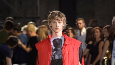 Модата на Раф Симънс минава всякакви граници (18+)