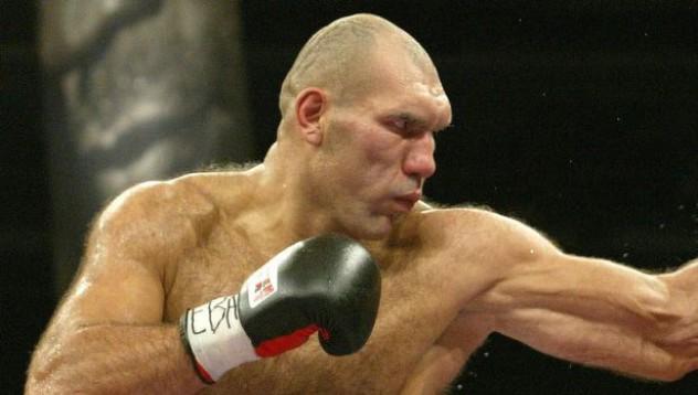 Николай Валуев ще води
