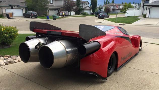 Ferrari с реактивни двигатели на Rolls-Royce