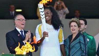 Бразилия посреща олимпийските състезатели с категорично тоалетно съобщение