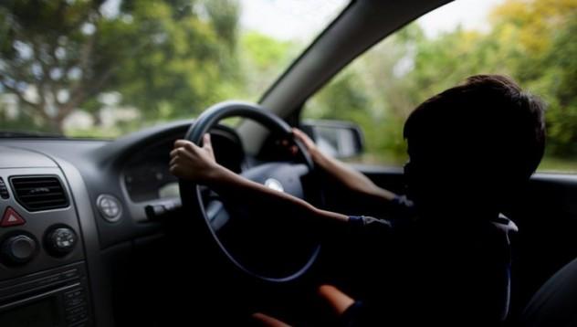 12-годишен германец кара по високоскоростните магистрали