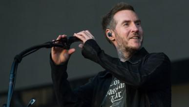 Банкси е певец от Massive Attack