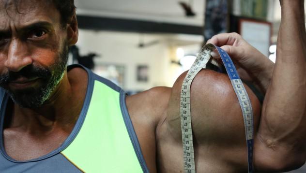 Да инжектираш масло за по-красиви мускули