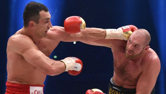 Тайсън Фюри продължава да е проблемното дете в бокса