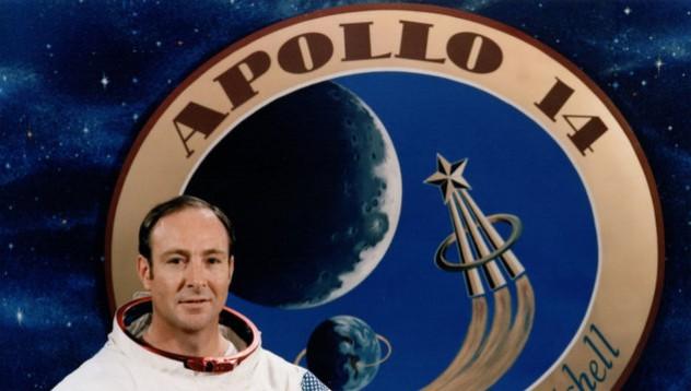 Астронавт поиска да говори за извънземни с Обама