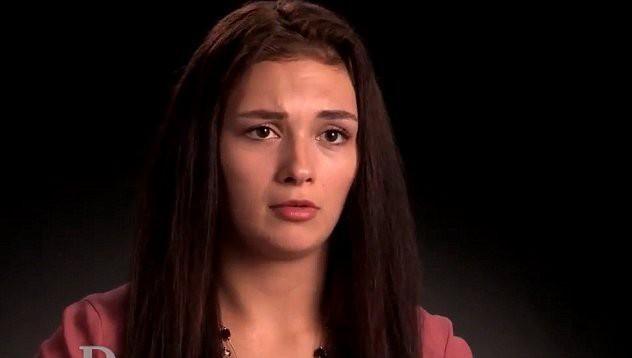 19-годишна е бременна от Бог