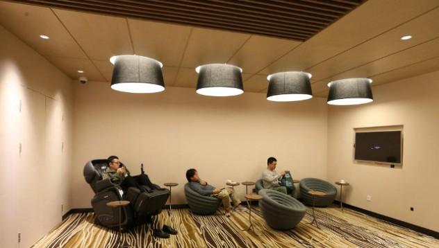 Китайски мол създаде пространство за отчаяни съпрузи