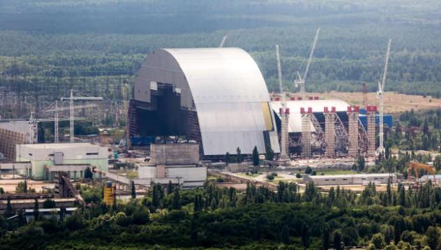 Чернобилският реактор получи нов саркофаг