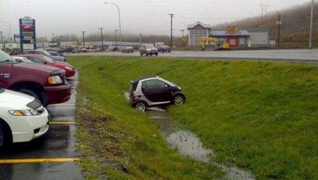 Шофьор катастрофира
