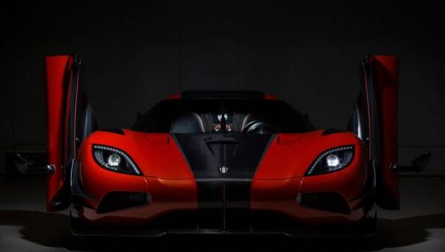 Koenigsegg настройва дистанционно амортисьорите