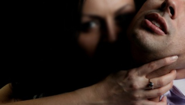 Мъжете също стават жертви на изнасилване