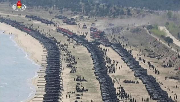 Северна Корея демонстрира сила