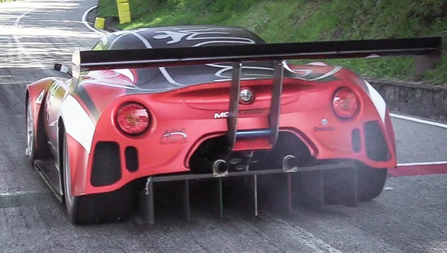 Alfa Romeo 4C с V8