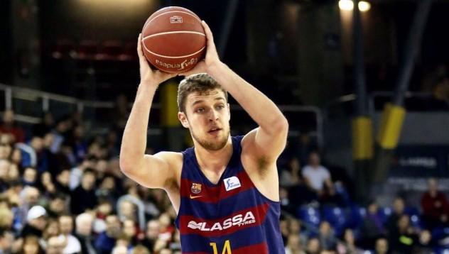 Везенков отива в НБА