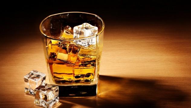 Компания търси професионален пияч на уиски