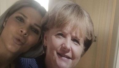 Микаела обича Меркел