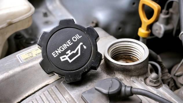 Има ли смисъл да купувате скъпо масло за двигателя