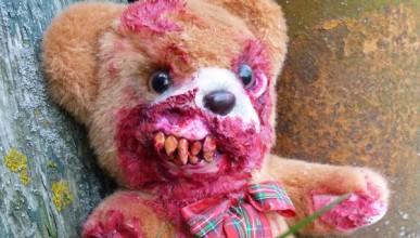 Зомби плюшена мечка