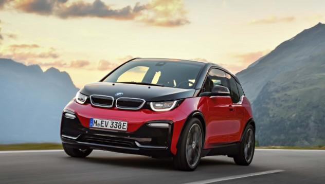 BMW i3 е опасно за жени с височина от 150 сантиметра