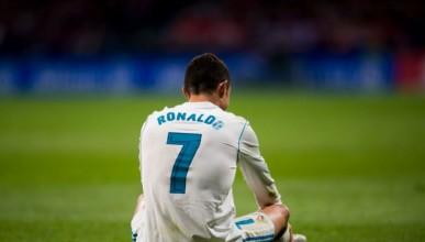 Роналдо потъва към дъното