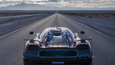 Вижте как изглеждат 450 км/ч от кабината на Koenigsegg
