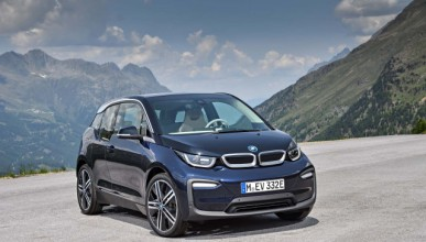 BMW достави 100 000 електромобила за 2017 година