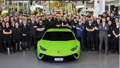 Lamborghini няма да намалява цилиндри