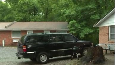 Американско семейство забрави 5-месечните си близнаци в колата