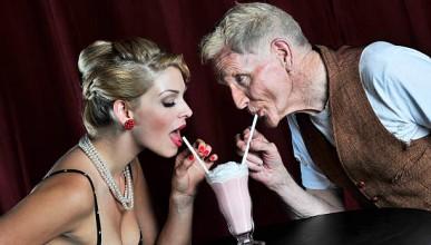 Жените предпочитат по-възрастни мъже