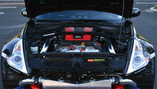 Nissan дава би-турбо на 370Z