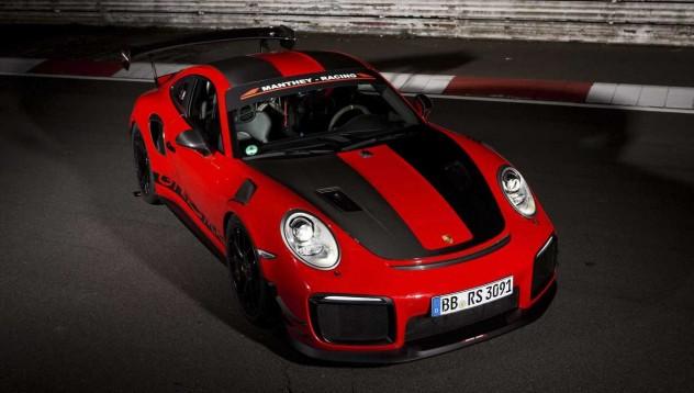 Porsche 911 GT2 RS MR постави нов рекорд на Нюрбургринг