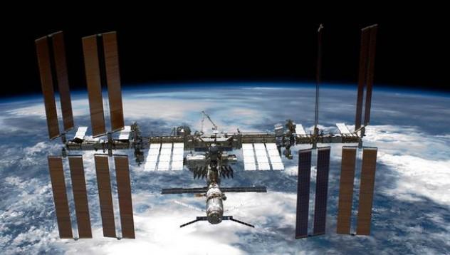 Космическа станция страда от нов вид тоалетни бактерии