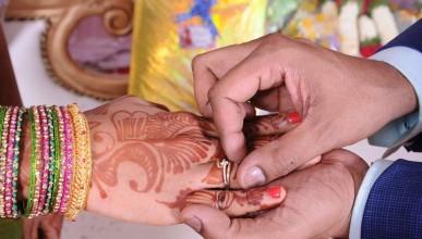 Индийска компания предлага участие в сватби