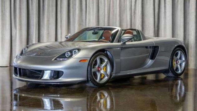 Porsche Carrera GT на много специален търг