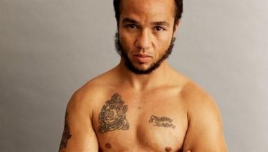 Първата боксова победа на транссексуален мъж