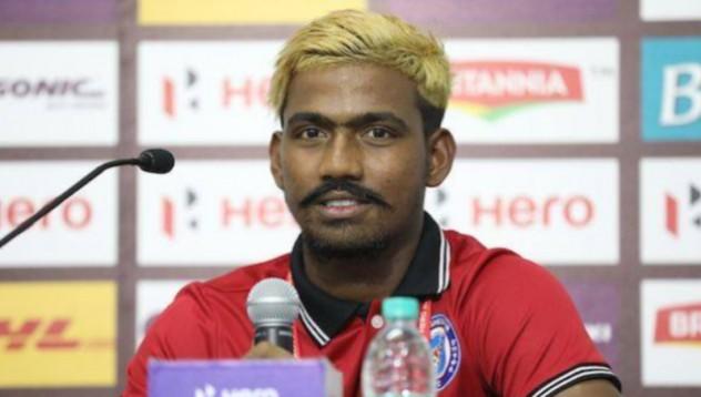 16-годишен индийски футболен феномен се оказа на 28