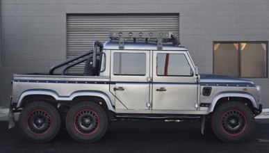 Land Rover Defender 6x6