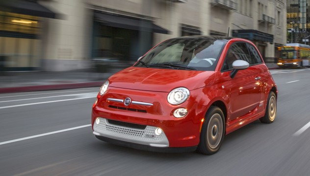 Fiat 500 ще получи електрическа версия