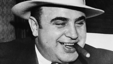 Том Харди с поредна трансформация за Ал Капоне