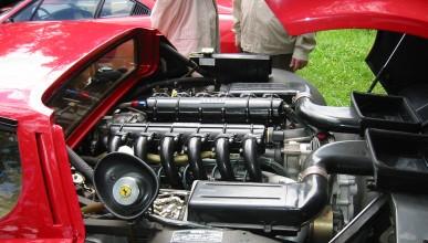 Ferrari няма да се откаже от V12