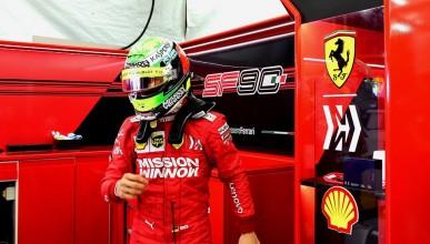 Мик Шумахер дебютира за Ферари