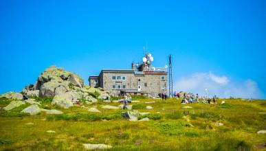УНИКА България е официален партньор на новите наематели на заслон Черни връх