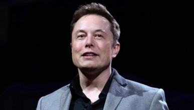 Tesla пуска роботаксита