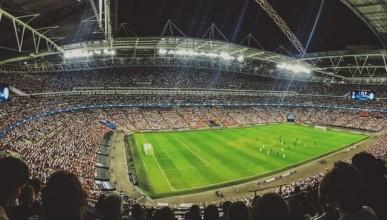 Футбол за милиарди
