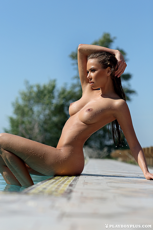 Adriana Lima nackt Bild